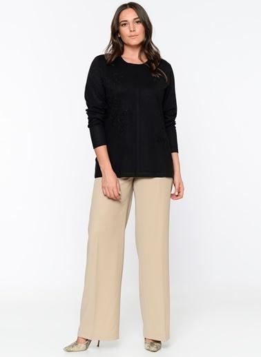 Butik Triko İşlemeli Uzun Kollu Bluz Siyah